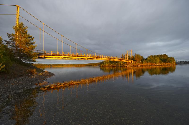 110909 Storuman. Här vid bron ut på Luspholmarna har svevia ett renoverings jobb.Foto: Patrick Trägård